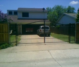 iron-gates-dallas-1
